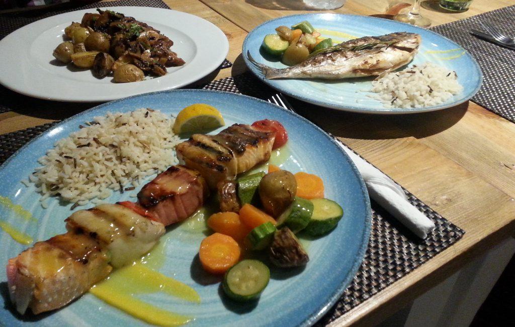 Alismari, Kamari, griechische Küche, Santorini