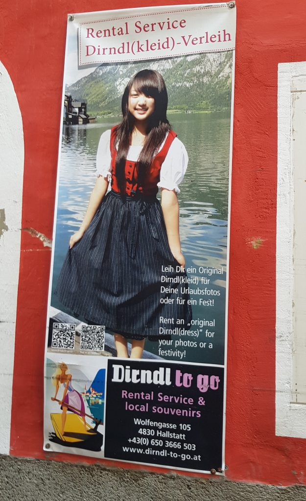 Dirndl-Verleih Hallstatt, Overtourism