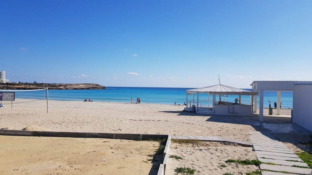 Zypern: Nissi Beach - leere Strände im Winter