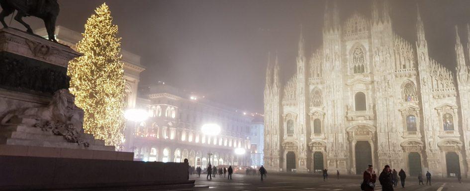 Mailand im Winter - Duomo bei Nacht